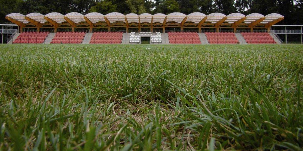 stadion_F.jpg