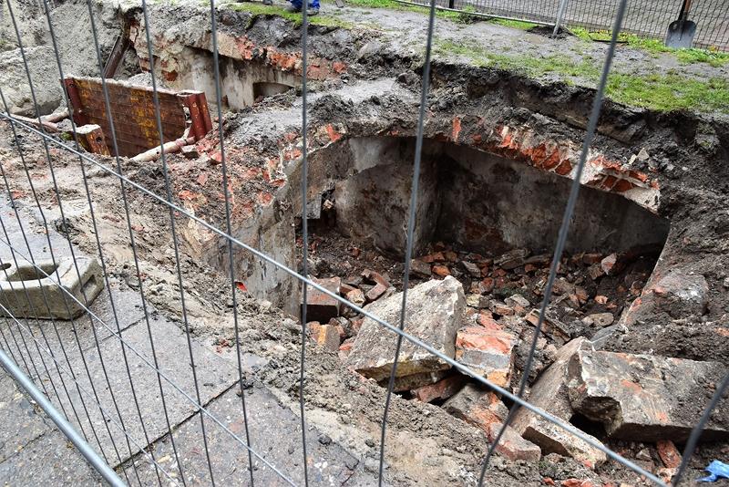 stare grobowce w Brzegu