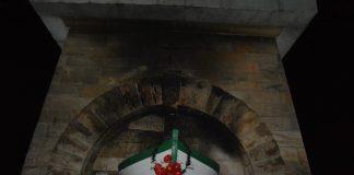 pomnik w Mikolinie